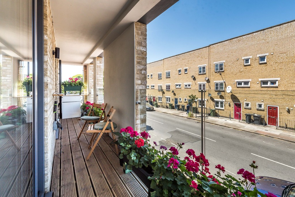Urban Village Home - Wanless Road, Herne Hill : Image 5