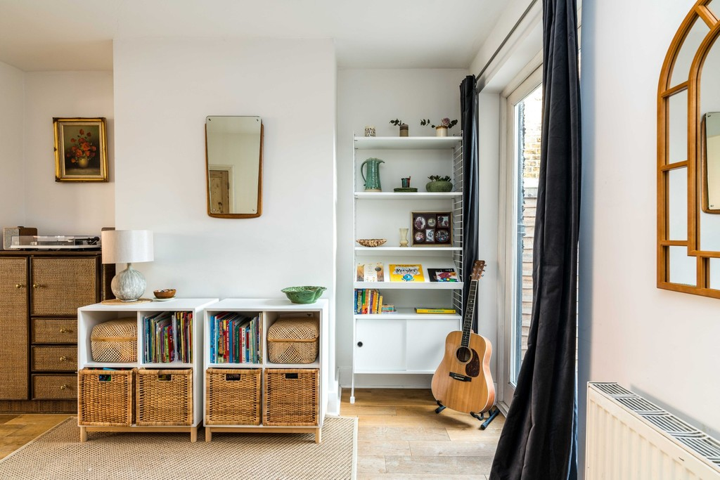 Urban Village Home - Rosendale Road, London : Image 4